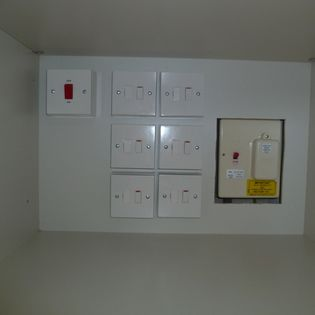 Experienced Electricians 6